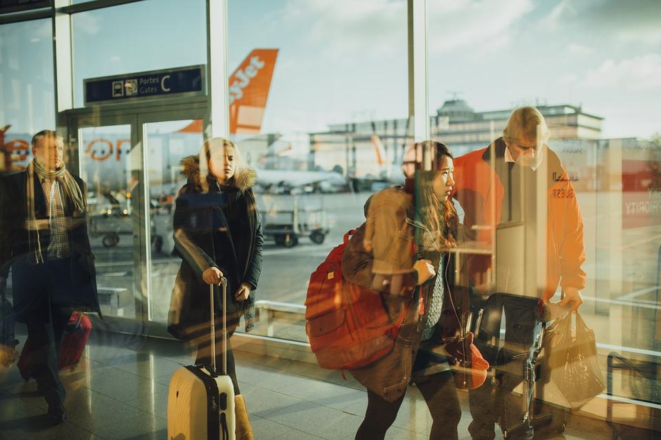 aéroport charleroi, vol nimes